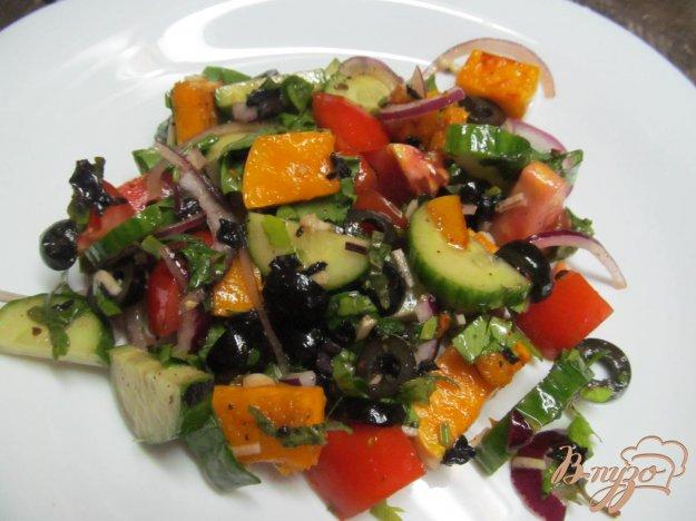 фото рецепта: Салат с жареной тыквой