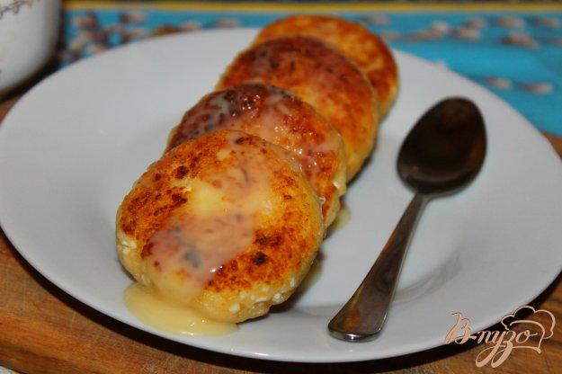 фото рецепта: Сладкие сырники с тыквой