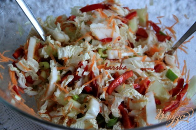 Салат с пекинской капустой поваренок