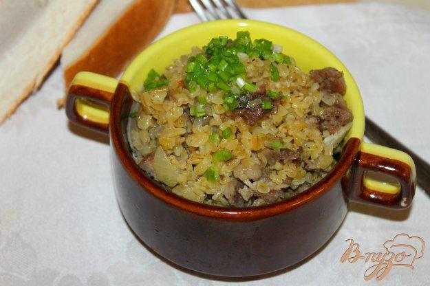 фото рецепта: Булгур с лесными грибами и свининой