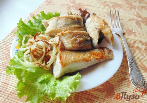 фото рецепта: Жареный судак с луком