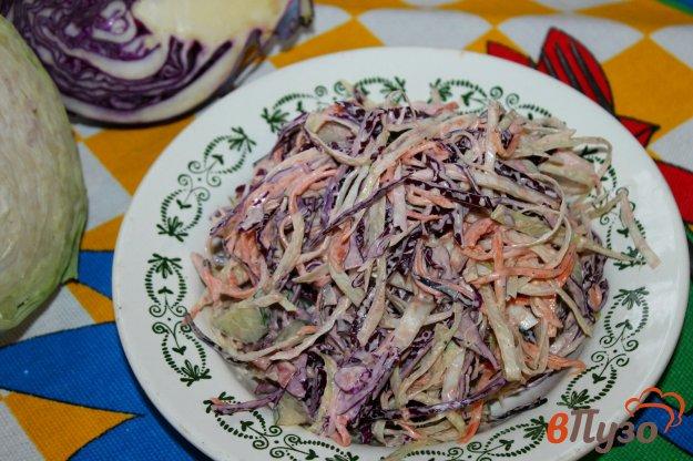 фото рецепта: Салат из капусты с корейской морковью и колбасой