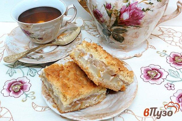 фото рецепта: Песочный пирог с грушами и яблоками