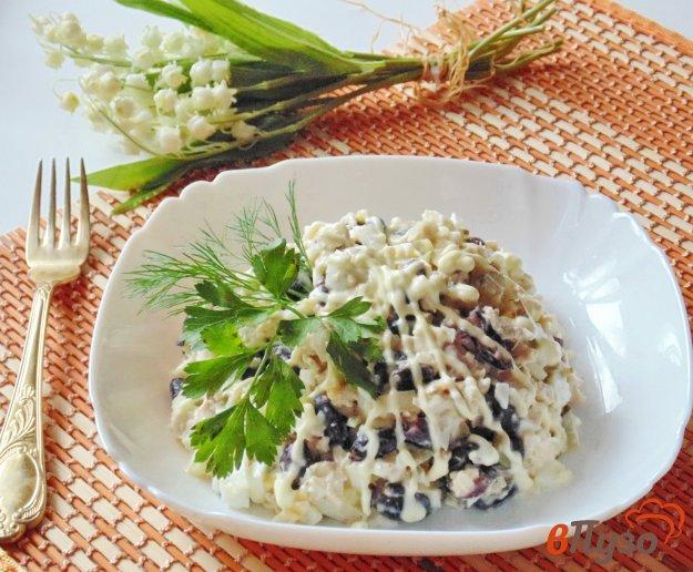 фото рецепта: Салат с курицей и красной фасолью