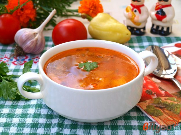 фото рецепта: Суп из индейки с помидорами и болгарским перцем