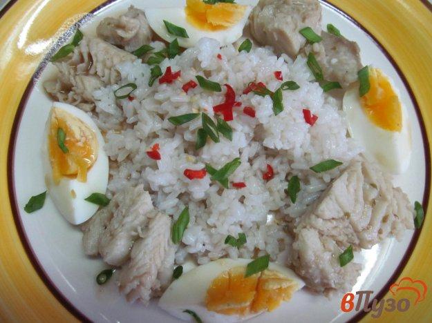 фото рецепта: Салат из рыбы с рисом
