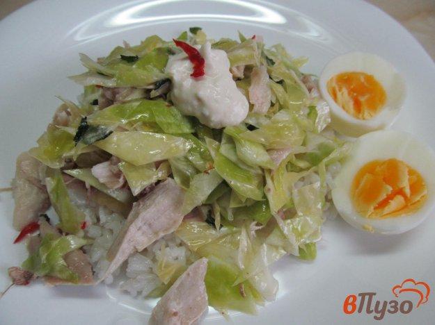 фото рецепта: Салат с курицей капустой и рисом