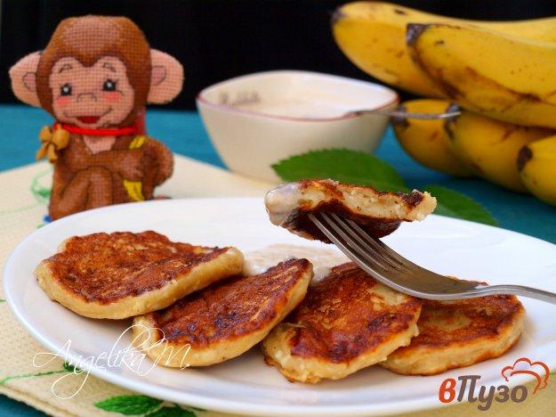 фото рецепта: Творожно-банановые оладьи