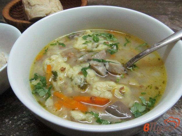 фото рецепта: Суп гречневый с картофельными клецками и грибами