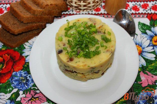фото рецепта: Картофельное пюре по - сельски с салом и луком