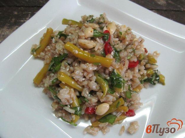 фото рецепта: Салат с рисом и стручковой фасолью