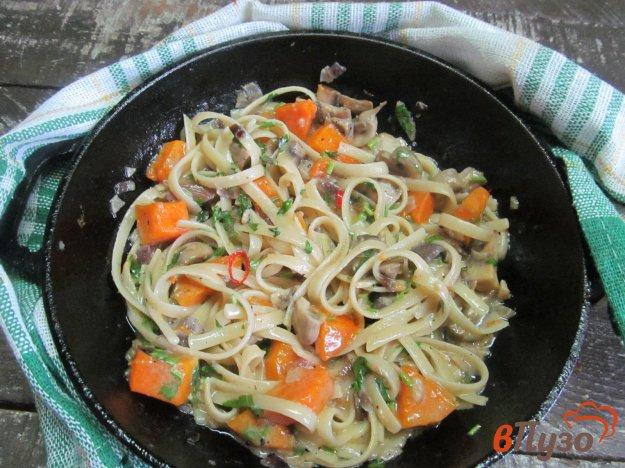 фото рецепта: Тыква с грибами в сливочном соусе