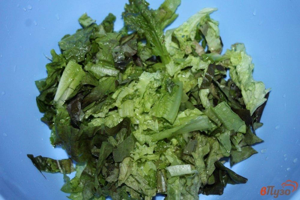 Фото приготовление рецепта: Салат из субпродуктов, копченой колбасы и корейской моркови шаг №1