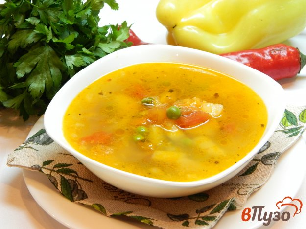 фото рецепта: Суп с зеленым горошком и свежими помидорами