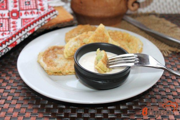 фото рецепта: Вафли с кабачком в кляре на завтрак