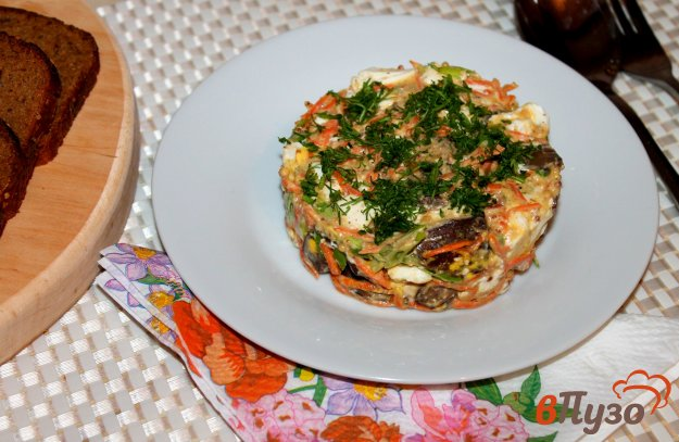 фото рецепта: Салат из печени, яиц и моркови по - корейски