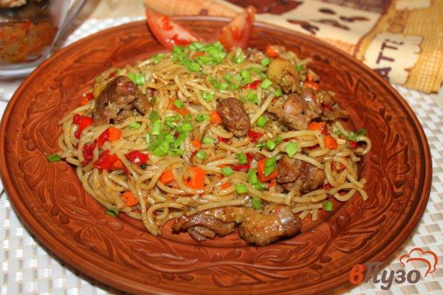 фото рецепта: Вермишель с мясом и перцем в мультиварке