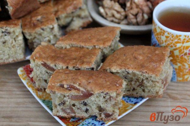 фото рецепта: Овсяный пирог со сладкой грушей и орехами
