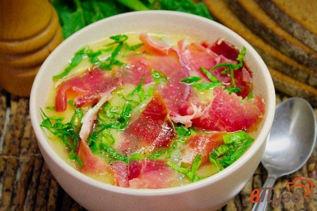 фото рецепта: Овощной суп пюре с прошутто и шпинатом