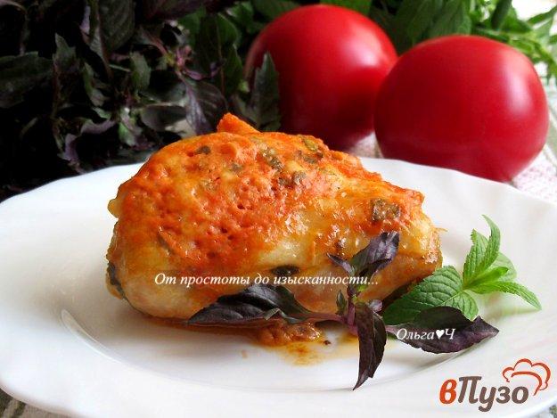 фото рецепта: Курица в томатном соусе с базиликом и мятой