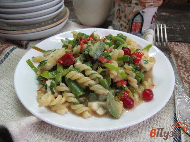 фото рецепта: Паста с овощами сыром и клюквой