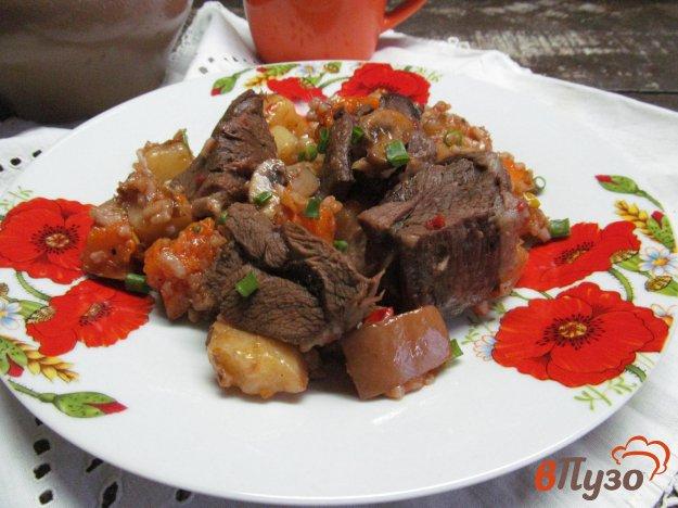 фото рецепта: Тушеная баранина с овощами рисом и грибами