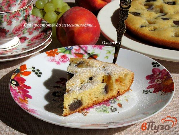 фото рецепта: Пирог на сгущенке с нектарином