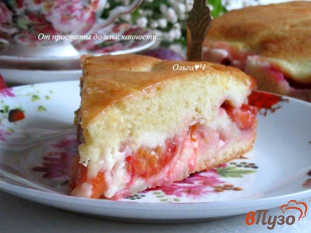фото рецепта: Сливовый пирог со сметанной заливкой