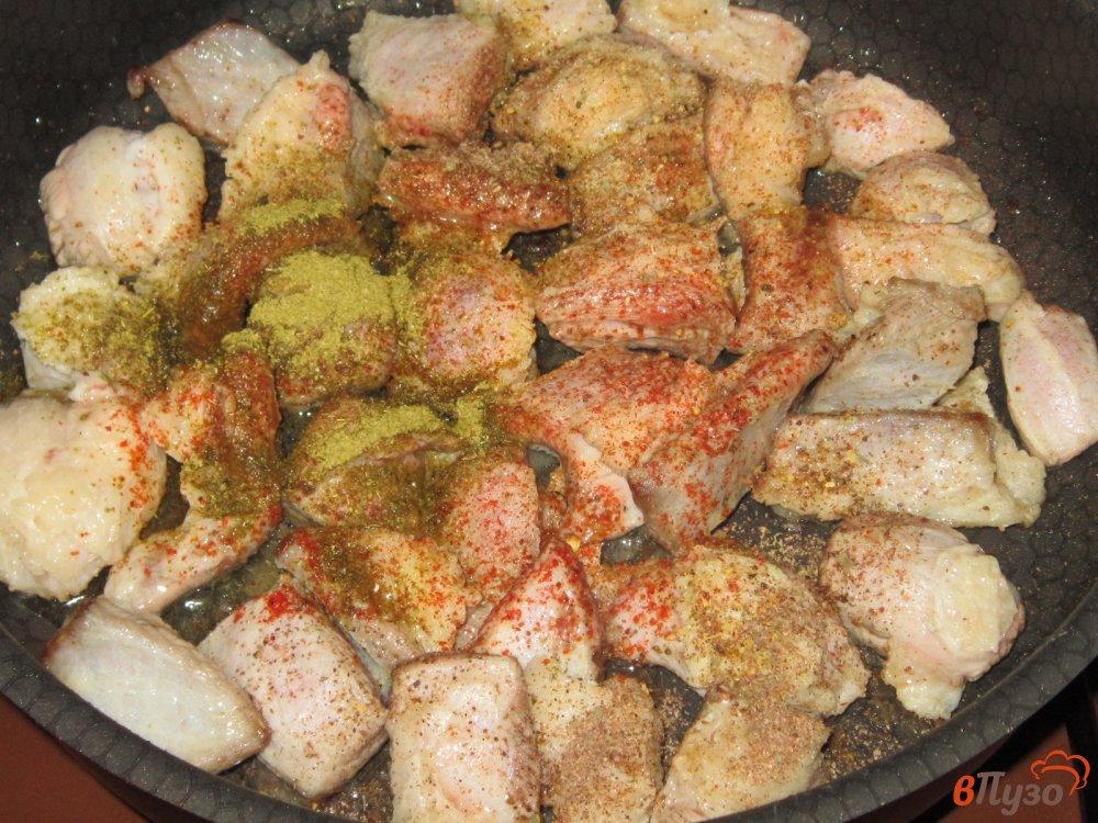 Фото приготовление рецепта: Рагу из говядины с картофелем и помидорами шаг №3