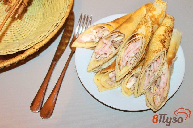 фото рецепта: Блинчики с ветчиной, сыром и куриной грудкой