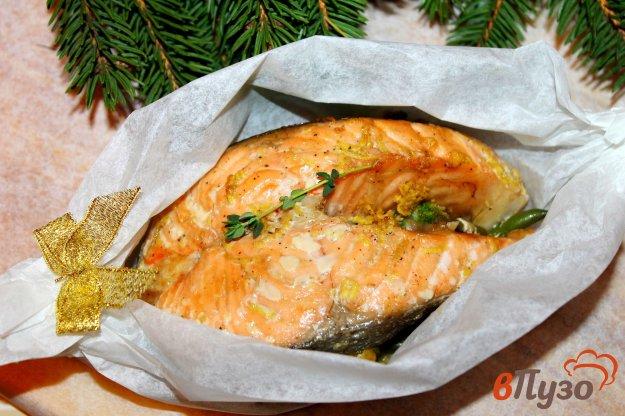 фото рецепта: Запеченный стейк лосося в соево - имбирном маринаде с овощами