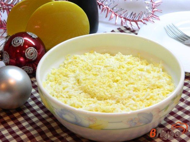 фото рецепта: Салат Мимоза с соленым огурцом