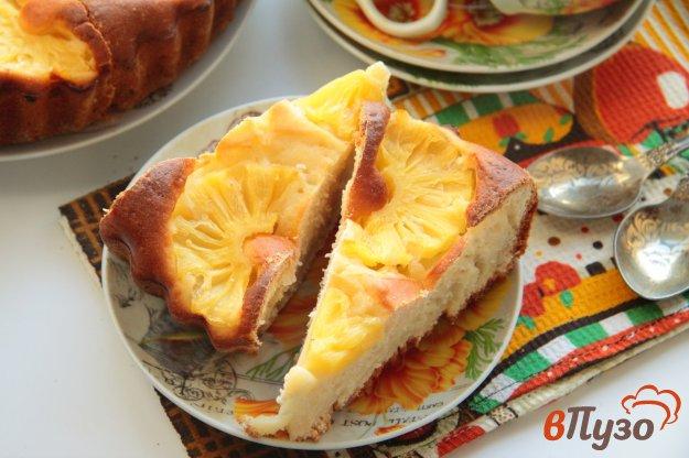 фото рецепта: Пирог на кефире с ананасами