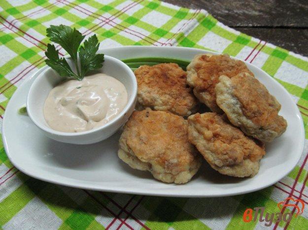 фото рецепта: Крокеты из мяса курицы и свинины с соусом