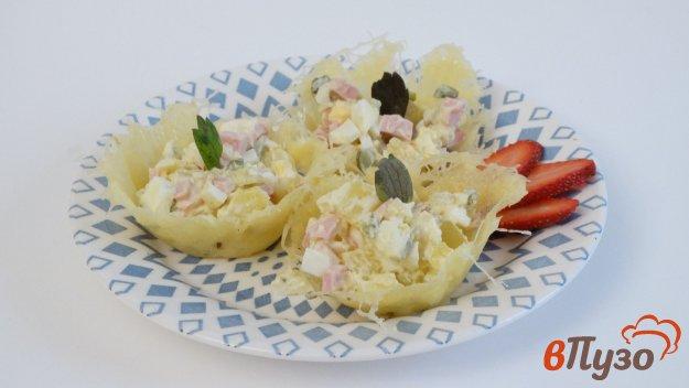 фото рецепта: Салат Оливье в сырных тарталетках