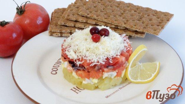 фото рецепта: Салат с соленой семгой