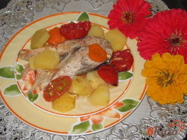 фото рецепта: Сом запеченный с овощами