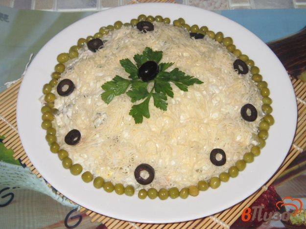 фото рецепта: Салат слоеный с сайрой