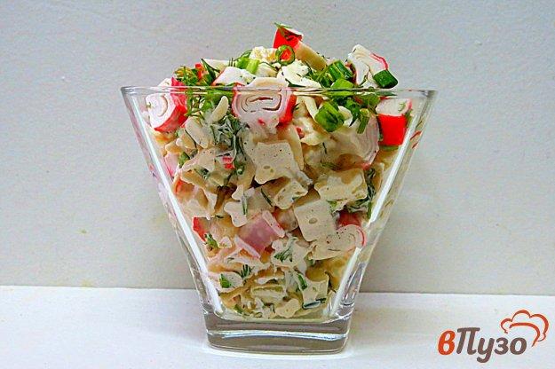 фото рецепта: Салат с картофелем и крабовыми палочками