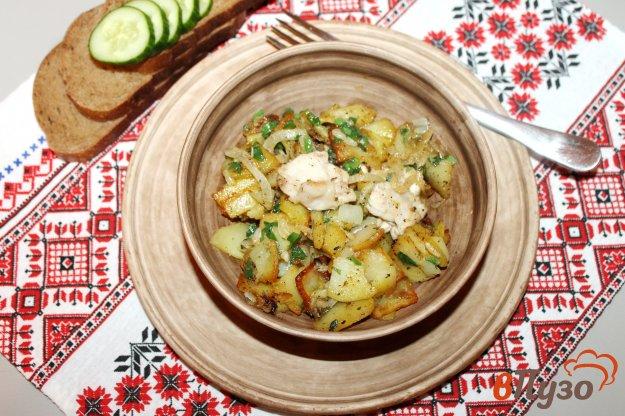 фото рецепта: Жареный картофель с чесноком и курицей