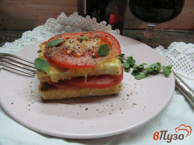 фото рецепта: Брынза в хрустящей корочке с помидором