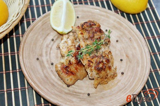 фото рецепта: Куриные бедра маринованные в лимонном соке и соевом соусе