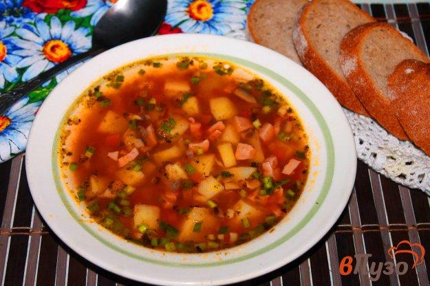 фото рецепта: Томатный суп с субпродуктами и колбасой