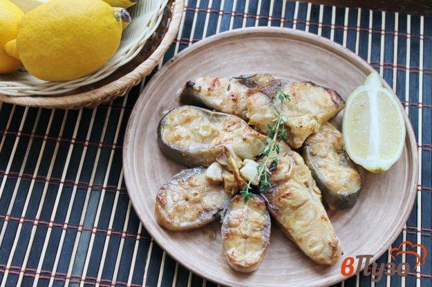 фото рецепта: Жареный толстолобик маринованный в лимонно - соевом маринаде
