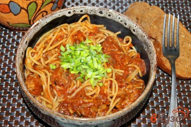 фото рецепта: Спагетти со свининой в томатном соусе