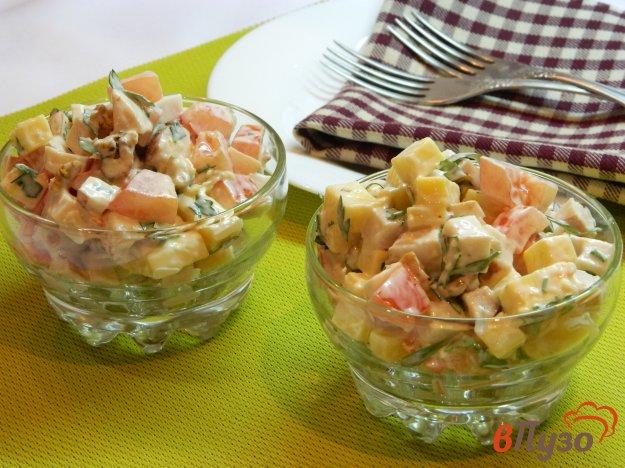фото рецепта: Салат с копченым куриным филе