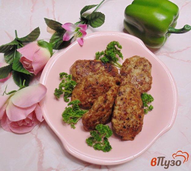 фото рецепта: Котлеты из куриного филе, свинины и печени