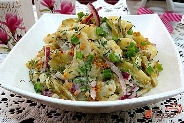 фото рецепта: Салат с картофелем и маринованным огурцом