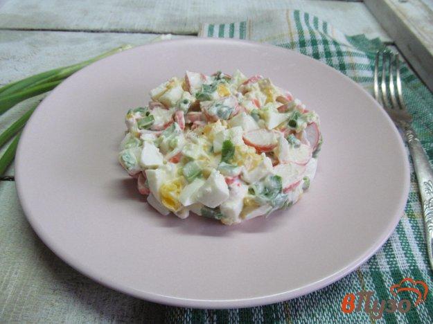 фото рецепта: Крабовый салат с яйцом