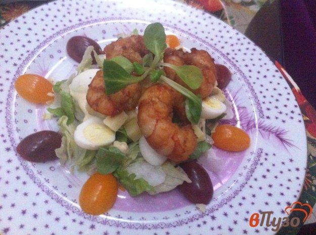 фото рецепта: Салат с креветками гриль